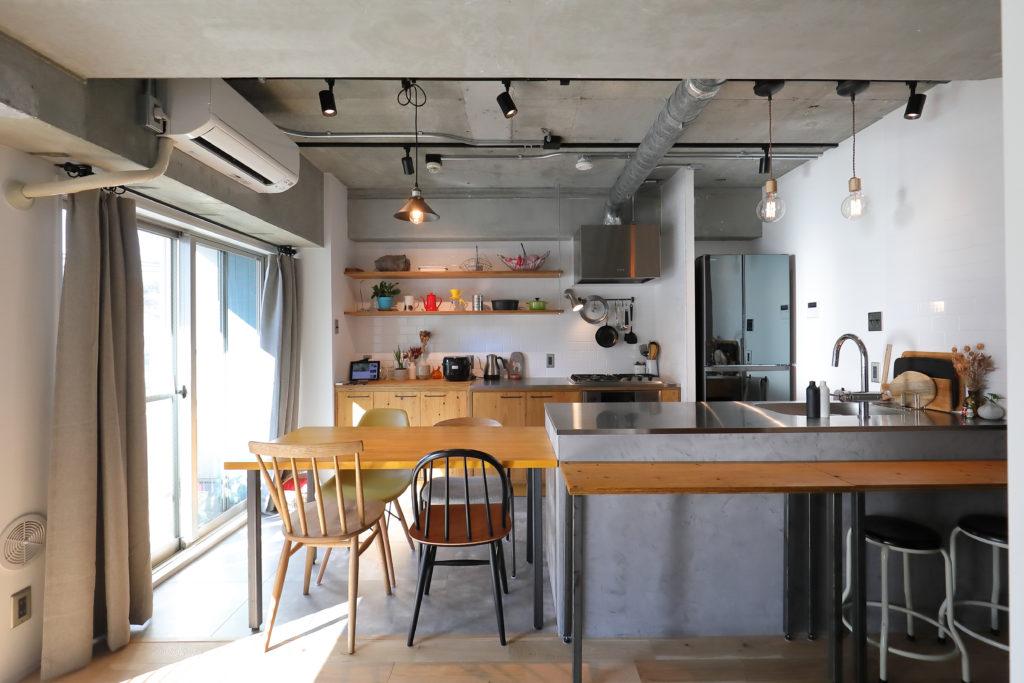 使いやすい二列型キッチン