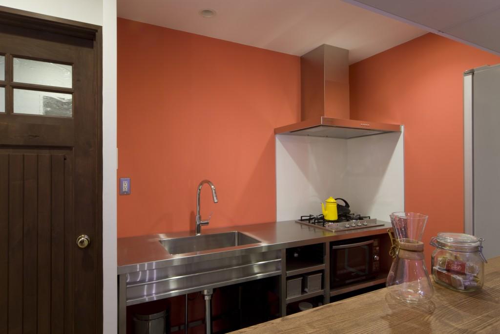 壁付けステンレスキッチン