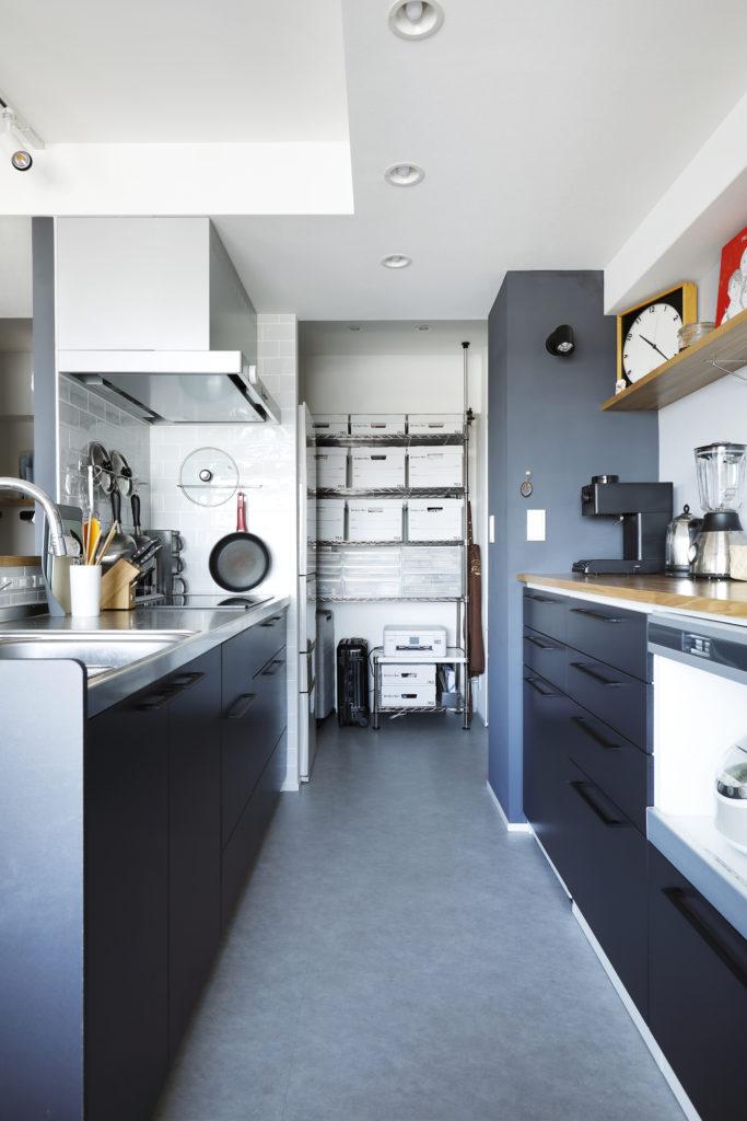 パントリースペースの冷蔵庫