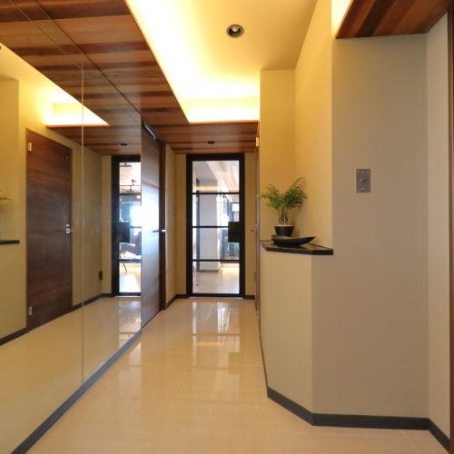 Case.64 - 「ホテルライクな新築風」をあえて、リノベで叶える贅沢