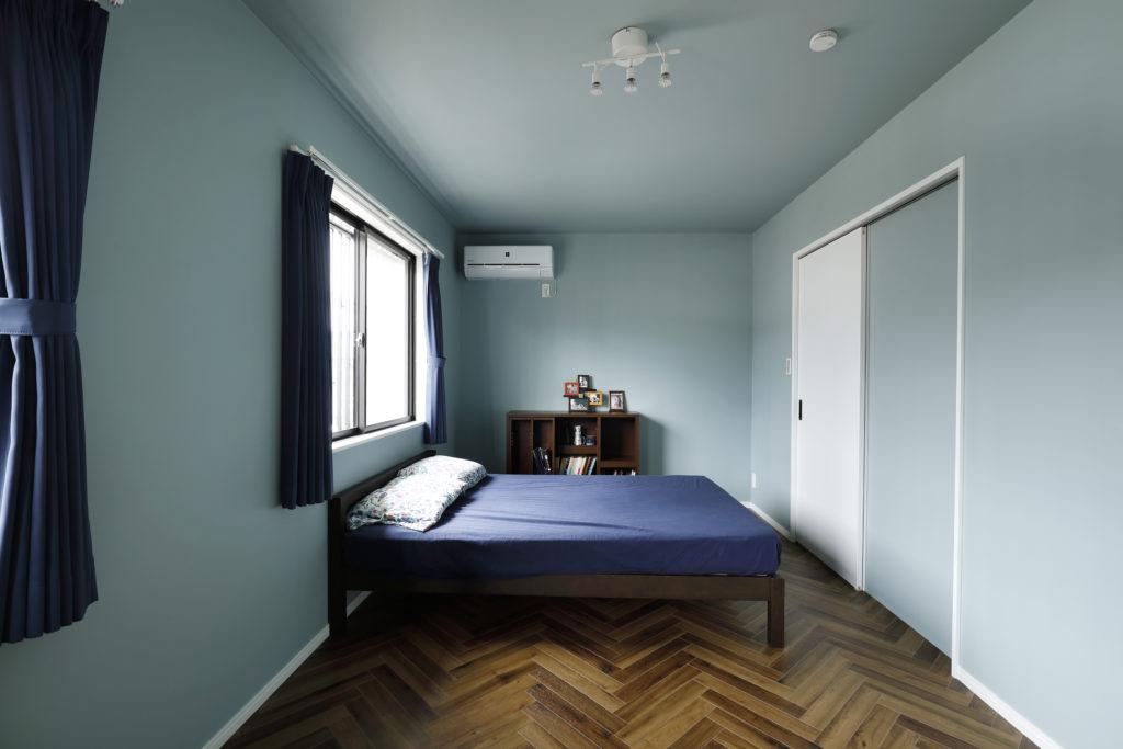 ヘリンボーンの上品な床材