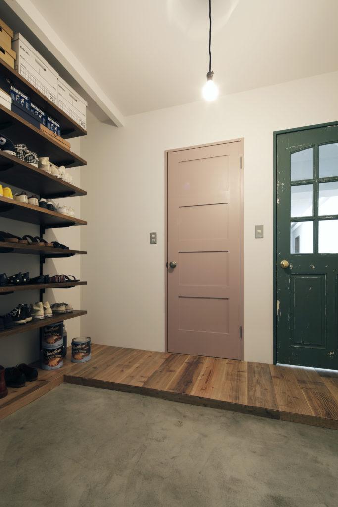 ビンテージ塗装の室内ドア