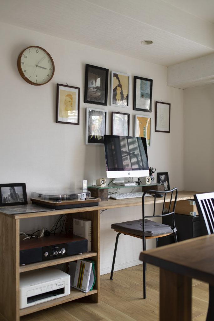 オープンタイプのリビング書斎