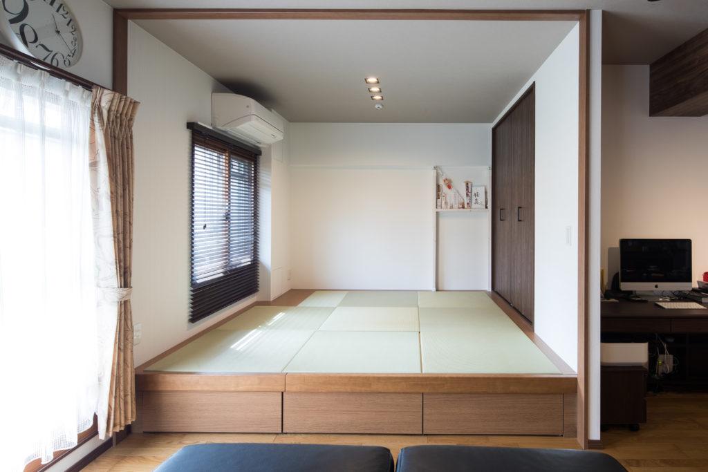 畳の小上がり和室