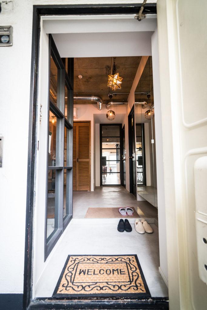 ひろびろとした玄関ホール