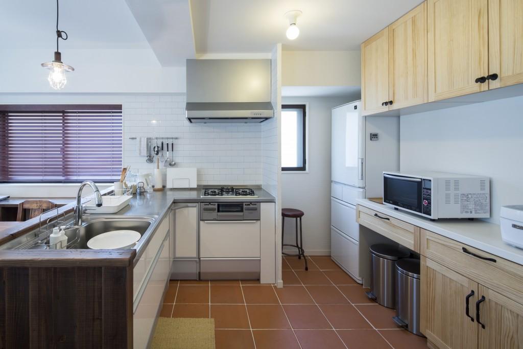 動線効率の良いL型キッチン
