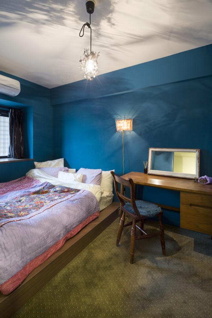ヨーロッパ調の寝室内装